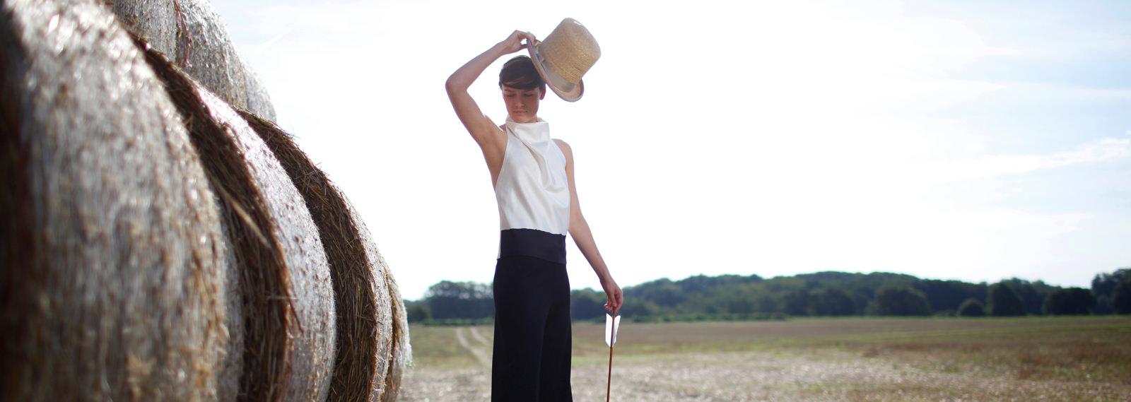 Handgefertigte Hüte für Styling, Fotoproduktionen und Mode